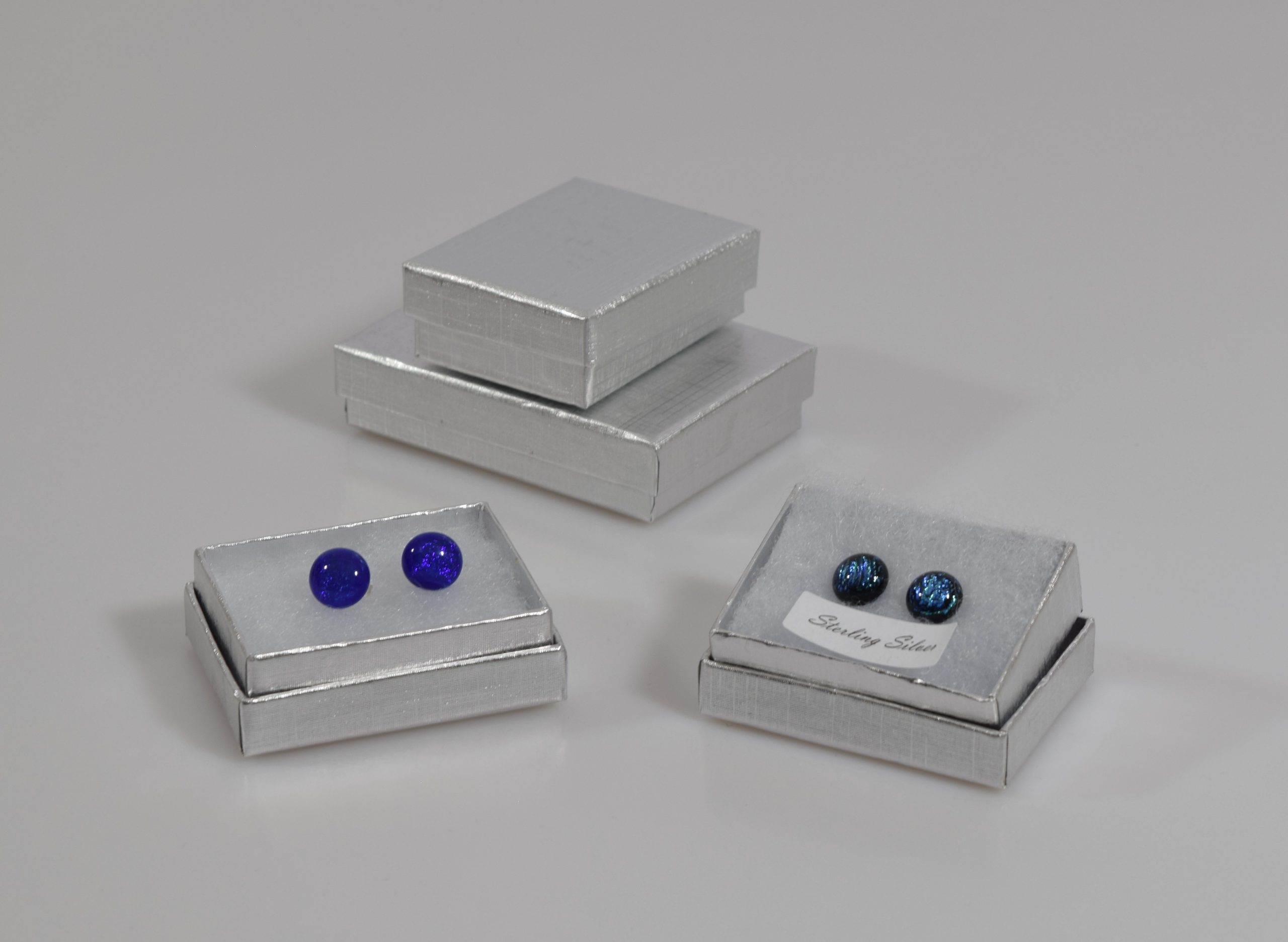 Silver colour gift boxes with separate lids great for jewellery. Shown here with stud earrings which are available to purchase separately..
